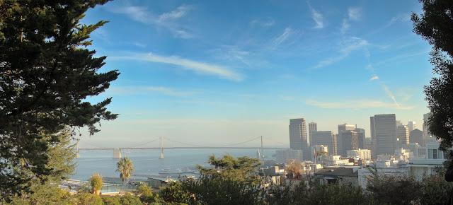 Coit Tower上超棒的視野